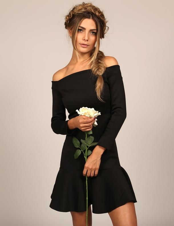 mundo-lolita-news-27-05-vestido-preto-ombro-a-ombro-1